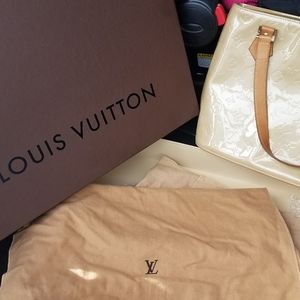 Louis Vuitton Vernice Houston